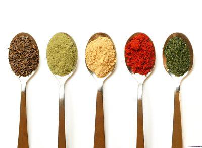 Diferentes aditivos alimentarios artificiales